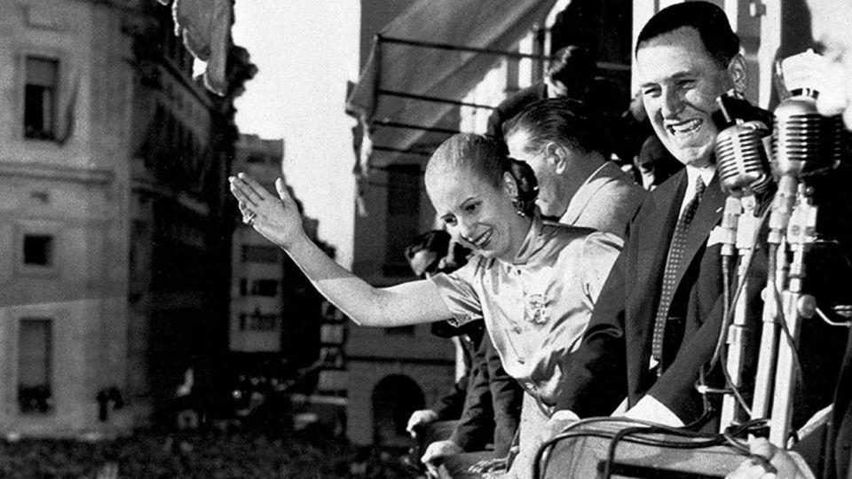 El general Perón y su esposa, Eva Duarte.