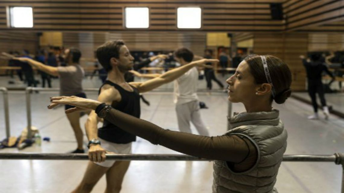Uruguayan dancer Maria Noel Riccetto (R) of Uruguay's National Ballet company takes part in a daily practice in Montevideo.