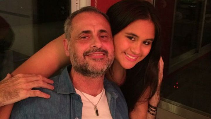 Rocío Rial se hizo otro cambio de look y compartió una foto hot