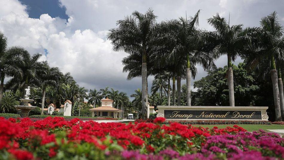 resort golf donald trump bloomberg