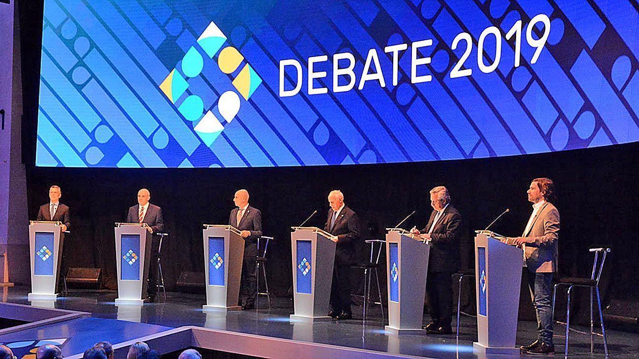 'La política, como todo en esta vida, es un espectáculo. El debate está hecho para verse con un balde de pochoclos.'