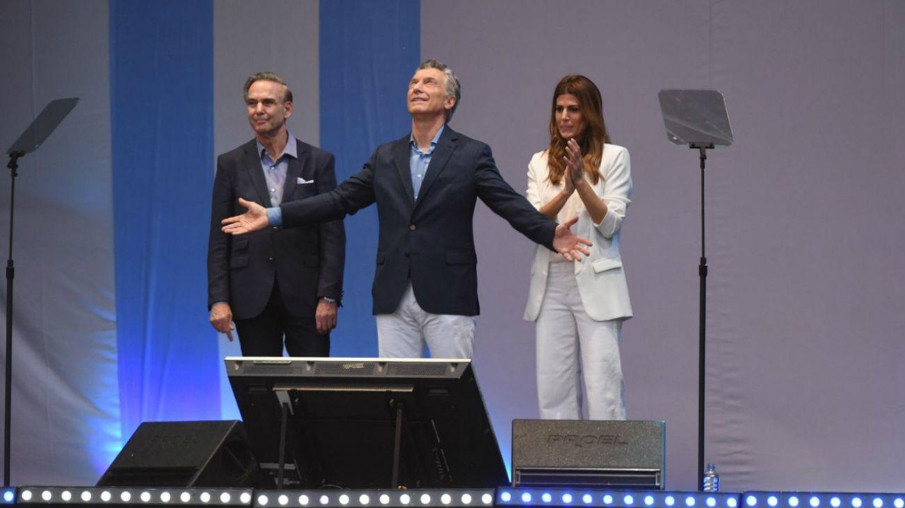 """Mauricio Macri en en el Obelisco: """"No nos vamos a quedar callados viendo cómo nos roban el futuro"""""""