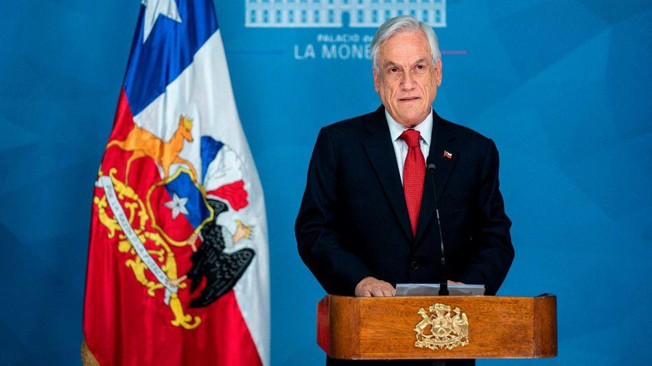 Sebastián Piñera durante los anuncios de esta tarde de sábado.