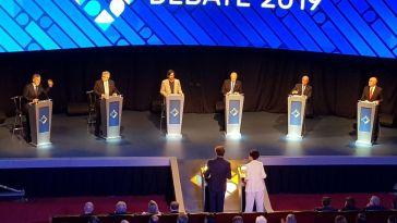 Los distintos espacios en los que se ocuparon dentra de la facultad de Derecho de Buenos Aires con asesores, invitados, y personalidades que asistieron al debate presidencial.