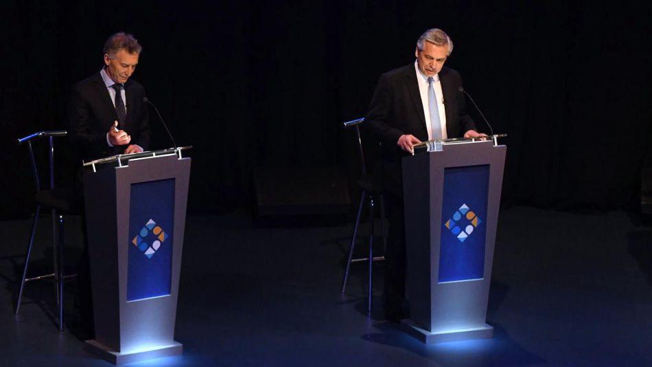 Los Candidatos sobre el escenario del Debate_g 20191020