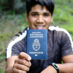 El pasaporte tiene una validez de 10 años y se expide tanto para mayores de 18 años como para los menores de esa edad.