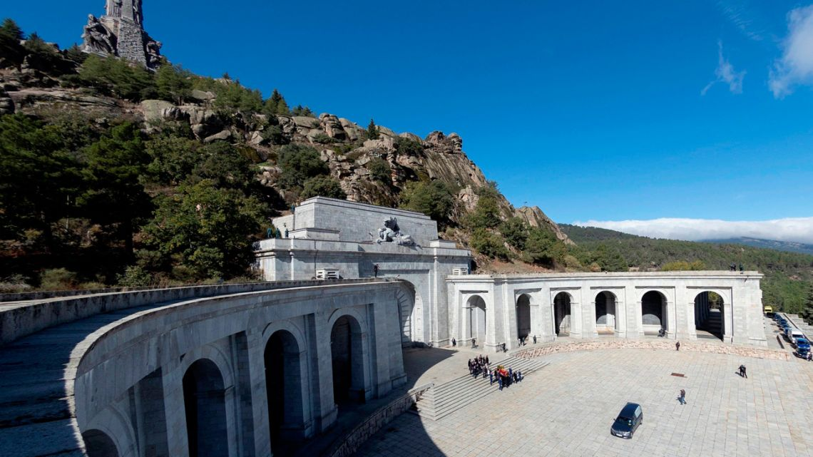 Relatives carry the coffin with the remains of Spanish dictator General Francisco Franco at the Valley of the Fallen mausoleum near El Escorial, outskirts of Madrid, Spain.