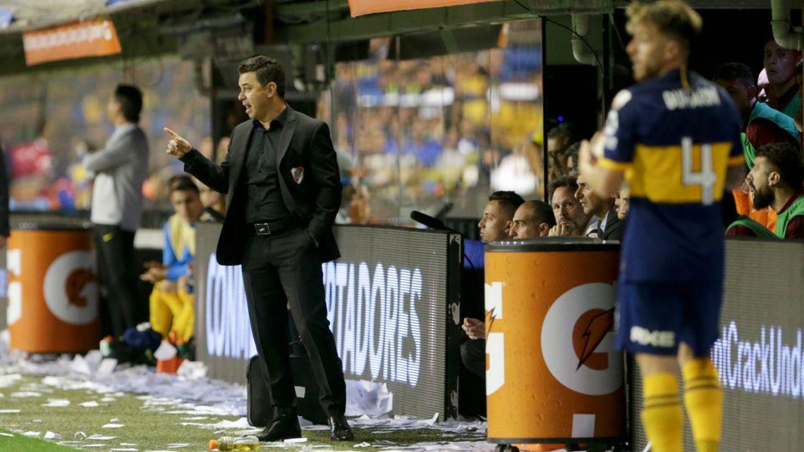 River Plate coach Marcelo Gallardo instructs his players during a Copa Libertadores semi-final second leg against Boca Juniors at La Bombonera.