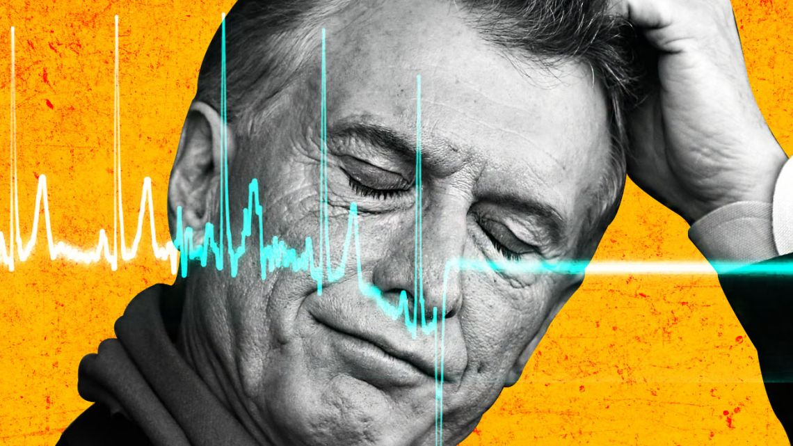 Macri's narrow electoral victory meant he would lead a minority government while living with the constant threat of massive street protests that could derail any attempt at austerity and reform.