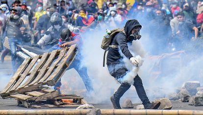 Ecuador. Las revueltas obligaron a declarar estado de sitio.