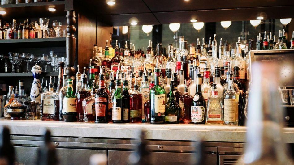 alcohol bebidas g_20191026