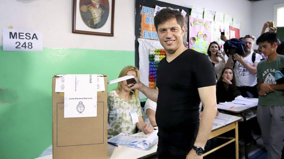 Axel Kicillof, votando el domingo 27 de octubre.