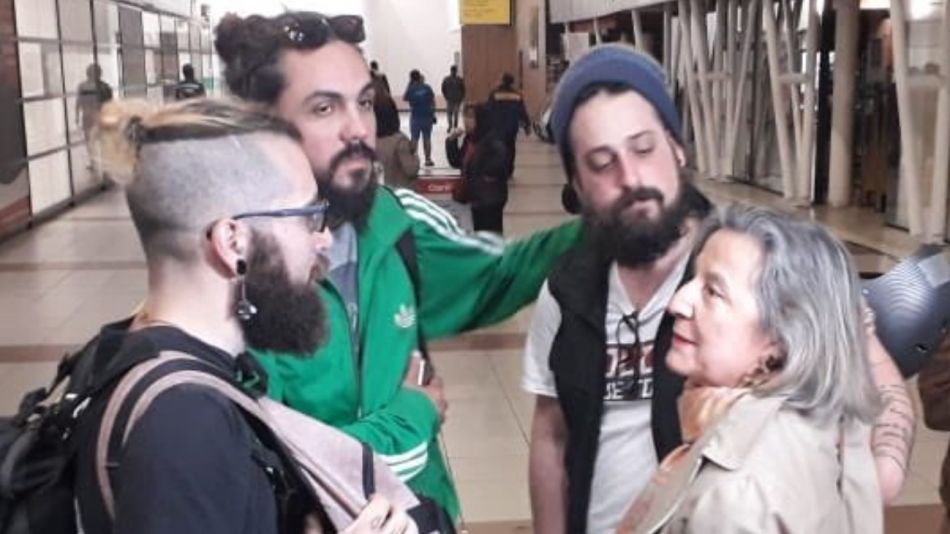 periodistas demorados chile 10272019