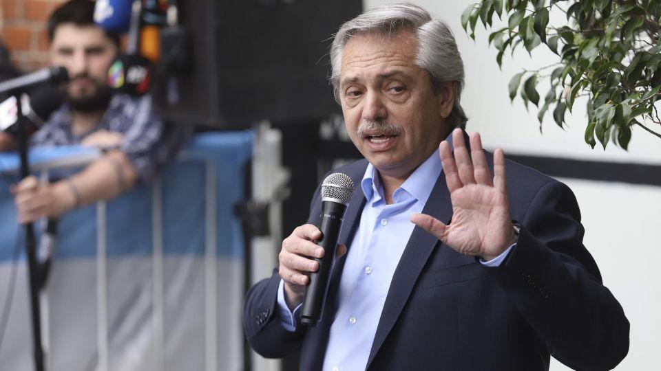 Alberto Fernández, se muestra como el candidato ganador.