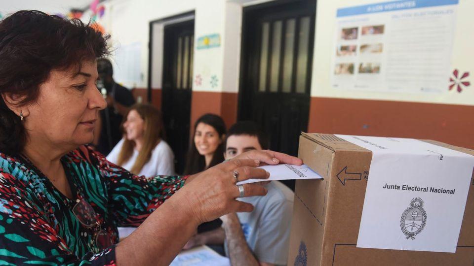 Así comenzó la votación en Rosario.