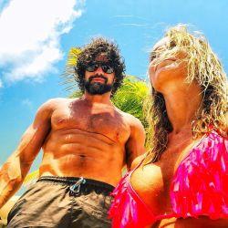 El sensual video de Sabrina Rojas y Luciano Castro bailando en la playa