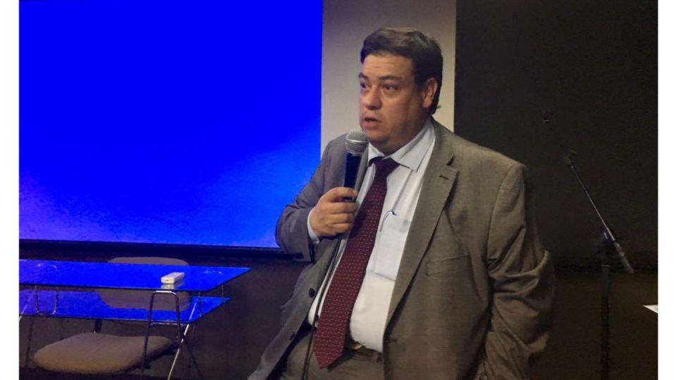 Dr. Mauricio Chalup
