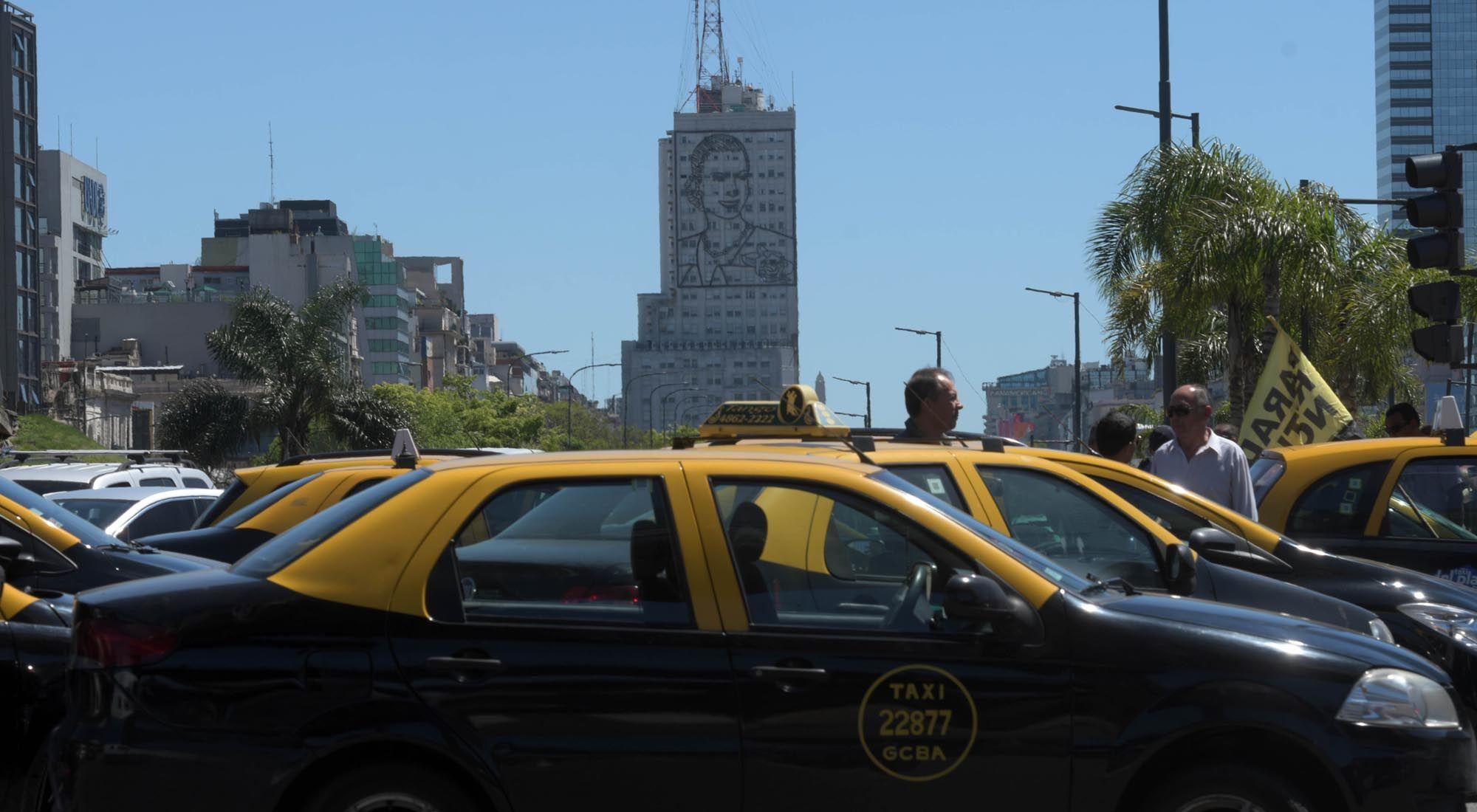 Taxis en la Ciudad de Buenos Aires.