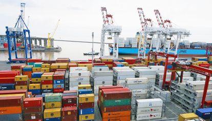 """Exportaciones. """"Son transacciones entre particulares""""."""
