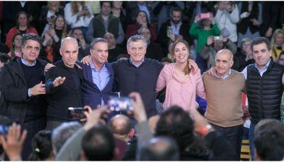 Algunas de las figuras clave en el armado parlamentario de Cambiemos: Macri, Vidal, Larreta, Ritondo y Pichetto.