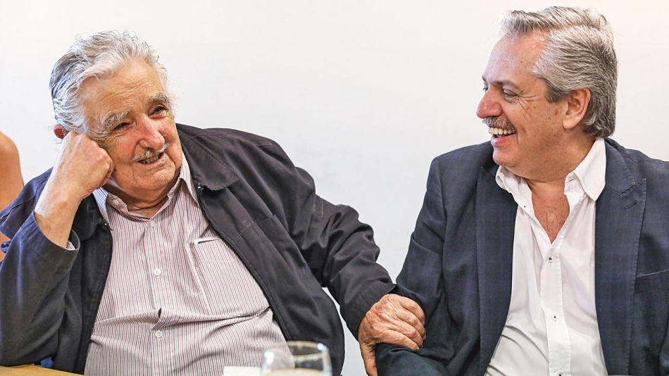 20190211_alberto_fernandez_pepe_mujica_prensafrentedetodos_g.jpg