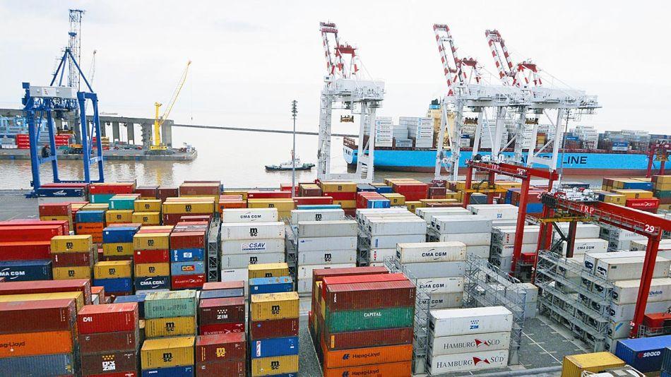 20190211_exportacion_containers_puerto_cedoc_g.jpg