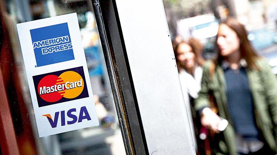 20190211_tarjetas_visa_mastercard_cedoc_g.jpg