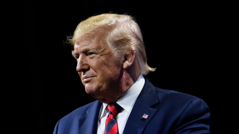 Poll Finds 49%-47% Divide on Removing Trump: Impeachment Update