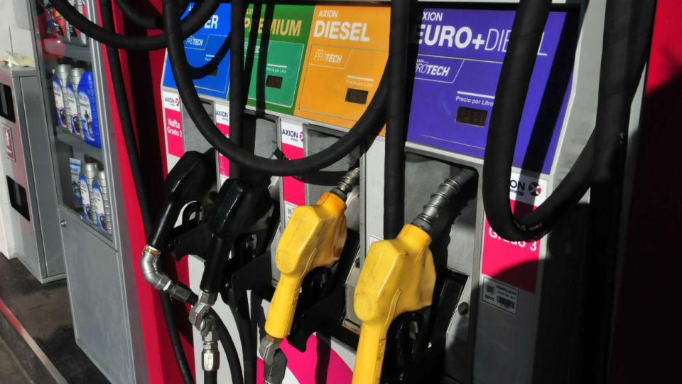 OFICIAL. Energía ratificó el alza de combustibles del 5%.