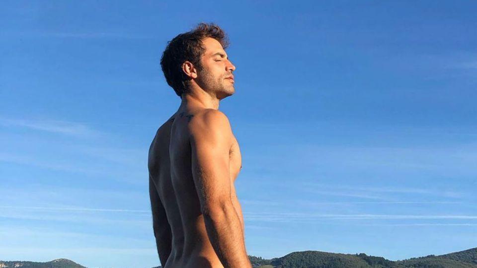 Benjamín Alfonso desnudo