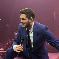 ¡Súper tierna! El video viral de Michael Bublé con su hija en el escenario