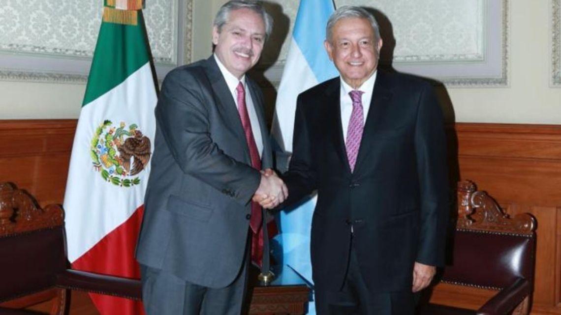 Alberto Fernández y López Obrador. | Foto:Cedoc.