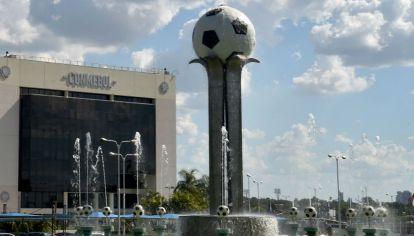 La sede de la Conmebol en Paraguay.