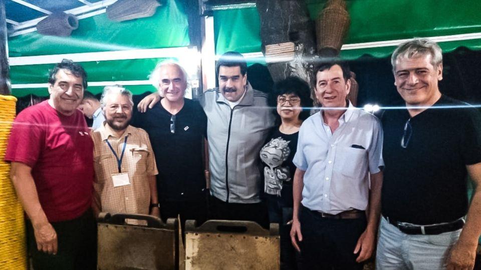 """Hugo """"Cachorro"""" Godoy, sindicalista de Chile, Ricardo Peidró, Nicolás Maduro, otra gremialista chilena, Adolfo Aguirre y Julio Fuentes."""