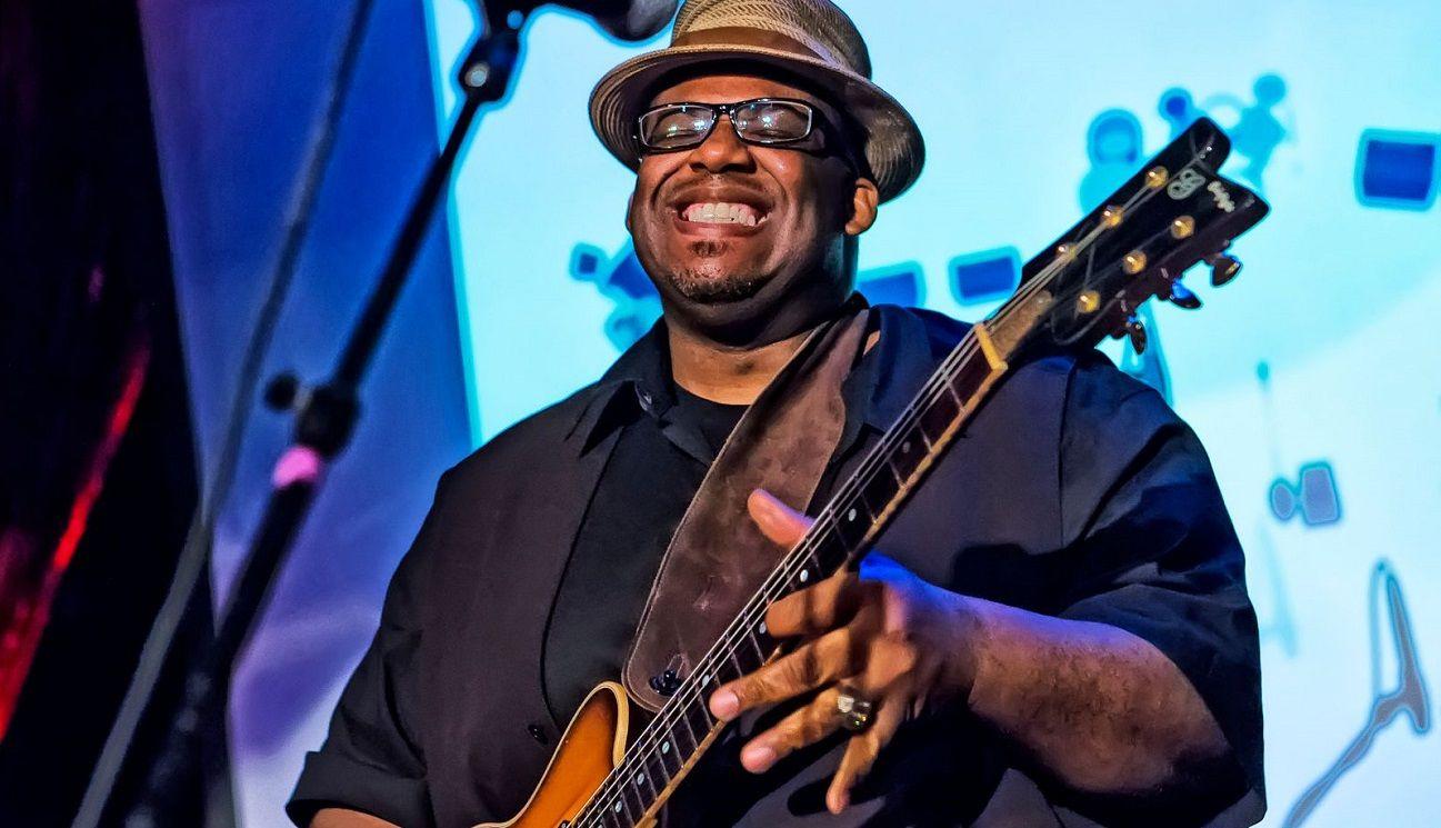 Slam Allen el guitarrista tocará en Bebop el próximo 8 de noviembre.