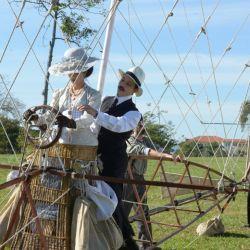 La miniserie brasieña Santos Dumont, de HBO, cuenta la historia del hombre que realizó el primer vuelo certificado.