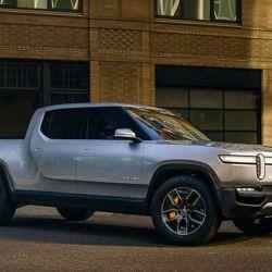 Tesla tiene preparada su pick-up y va por Rivian, Ford, GM y Hummer (si regresa)