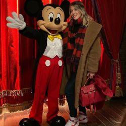 Las 13 mejores fotos del álbum de Wanda Nara y sus hijas en Disneylad París