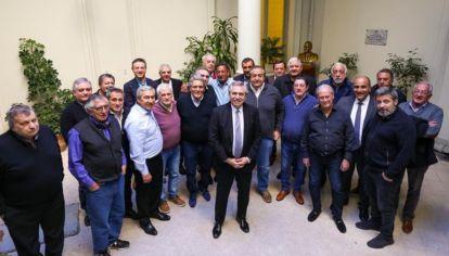 Alberto Fernández con integrantes de la CGT.