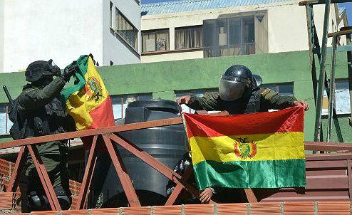 Bolivia: se extienden los focos de rebelión policial contra el presidente Evo Morales