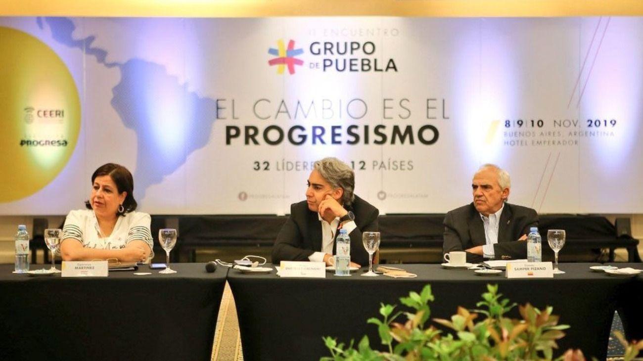 """El Grupo de Puebla presentó el documento final: """"Queremos estar a la altura del peronismo"""""""