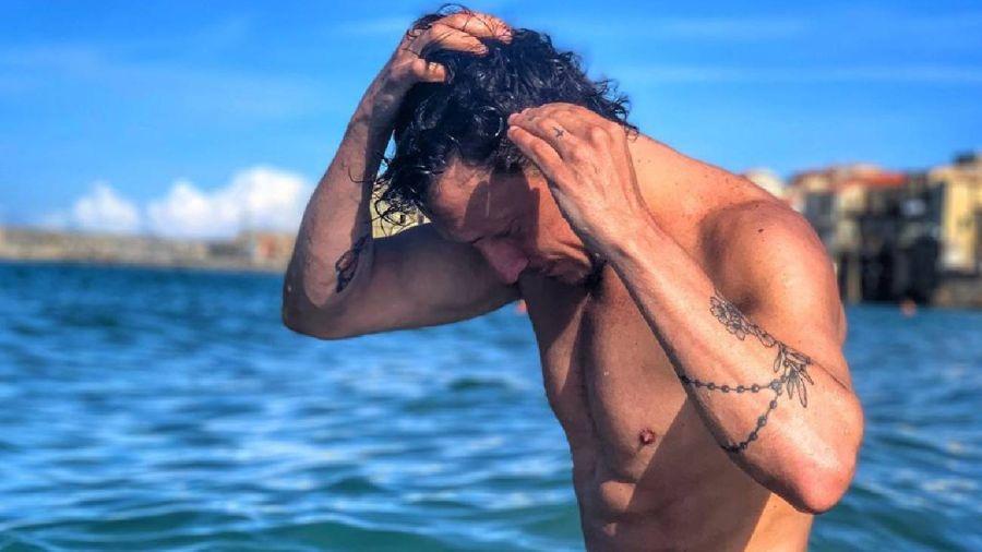Tatuajes y lomazo: Nico Vazquez incendió las redes con una foto hot