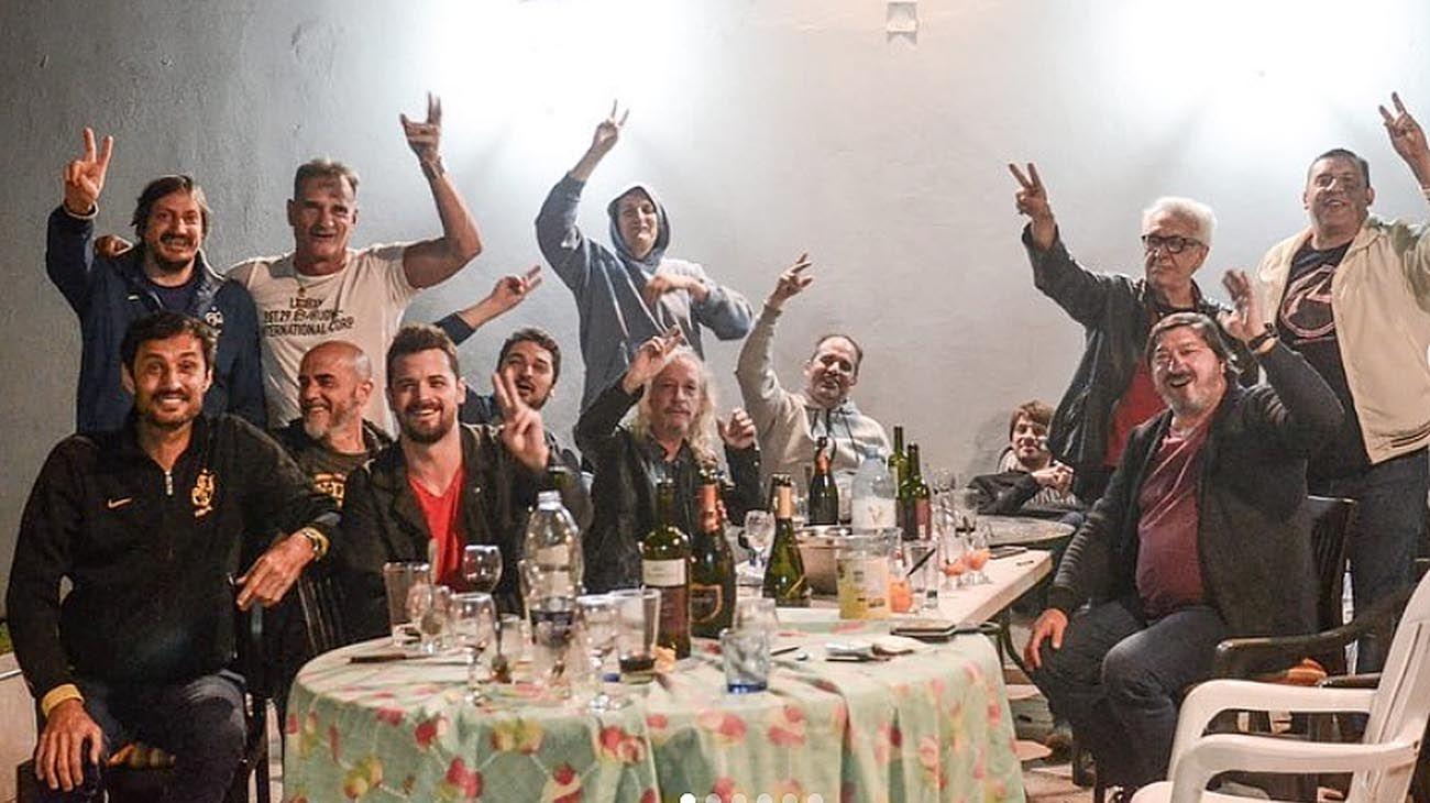 """El asado peronista de Capusotto, Vaca Narvaja, Tognetti y Artemio: """"¡Vamos carajo, volvimos!"""""""