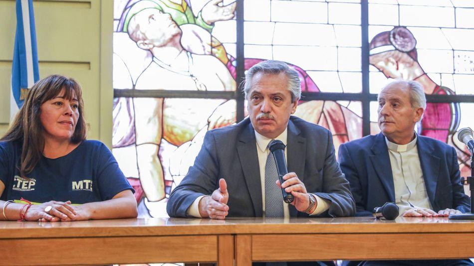 Alberto Fernández en el episcopado y piqueteros 20191113