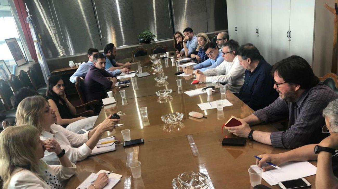 La Academia Nacional de Periodismo continúa su diálogo con profesionales argentinos