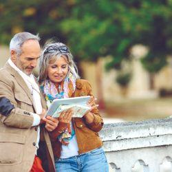 Varias webs y apps proponen que las personas se encuentren para viajar y descubrir lugares juntos.