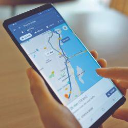 Perderse parece ser algo tan anticuado como los mapas de papel. Con una app se soluciona todo.