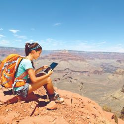 Ahora las rutas de trekking se siguen desde una pantalla.