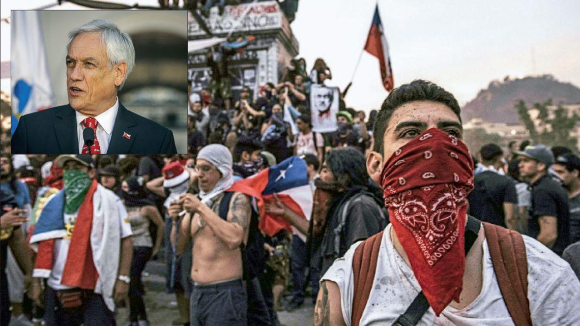Piñera. El presidente tardó en hacer concesiones y hoy la oposición busca su renuncia.  | Foto:Dpa