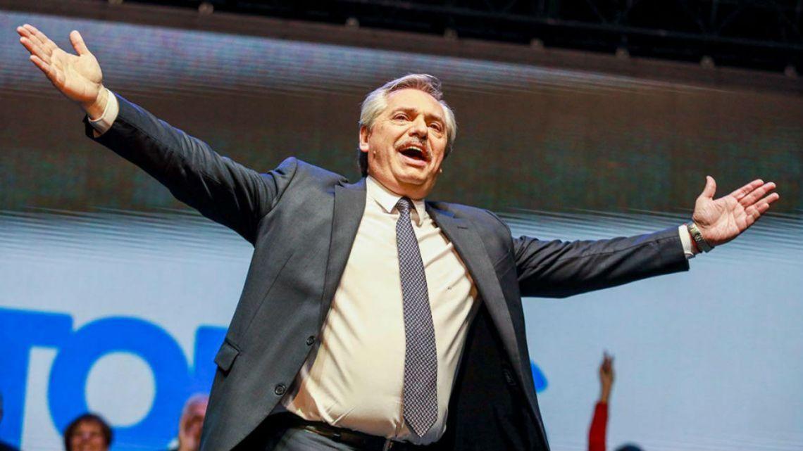 En medio del escándalo, Alberto Fernández tuvo un inédito gesto cholulo